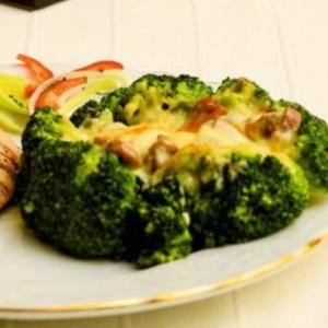 grillezet-csirke-grratinalt-brokkoli