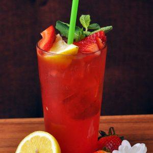 minty strawberry lemonade